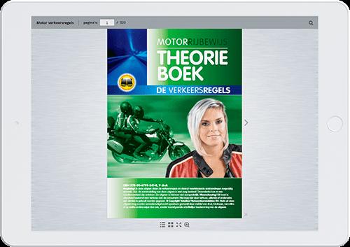 Tablet met online versie van motor theorieboek
